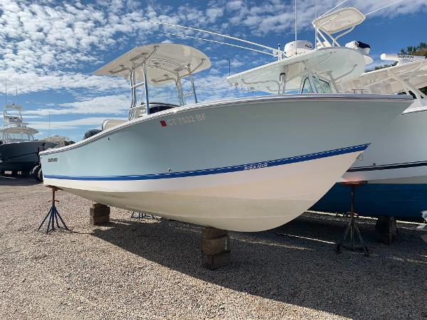 Regulator 23 Forward Seating Clean Excellent Condition 23 Regular Boat Used For Sale