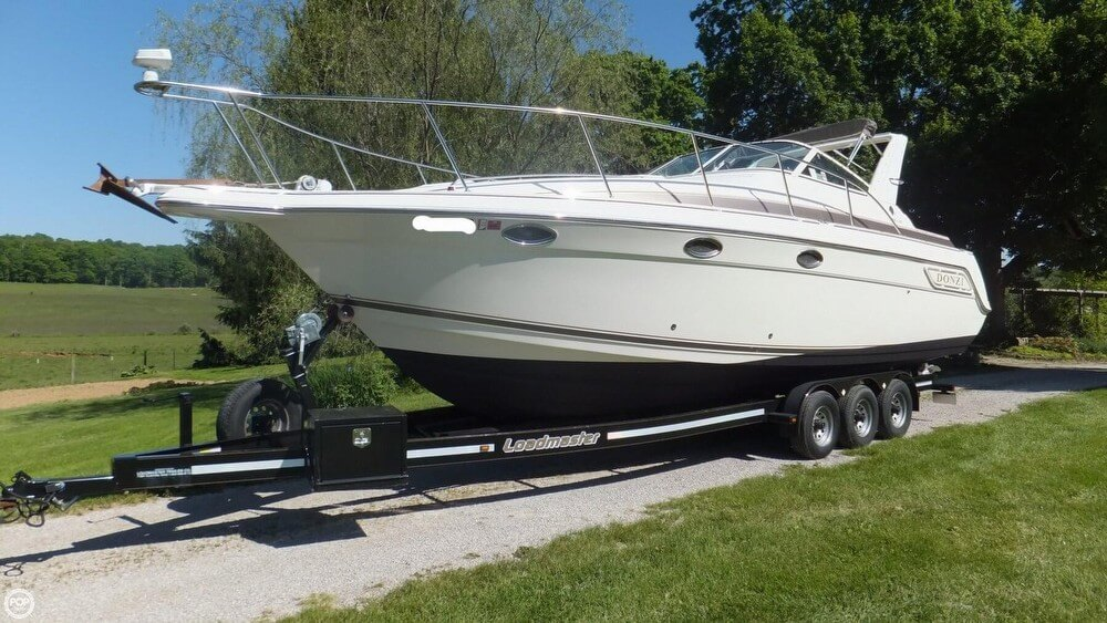 Donzi 3250 Lxc 1997 Donzi 3250 LXC for sale in Bloomington, IN