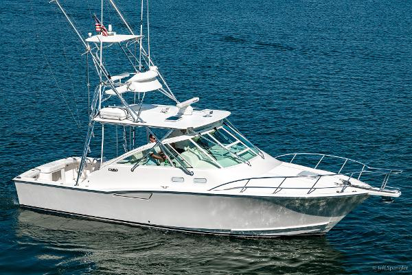 """Cabo 35 Express 35' Cabo Express '05 """"DIALED IN"""""""