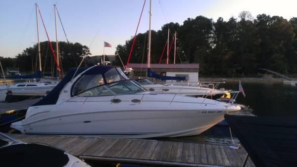 Sea Ray 300 Sundancer FRESHWATER BOAT