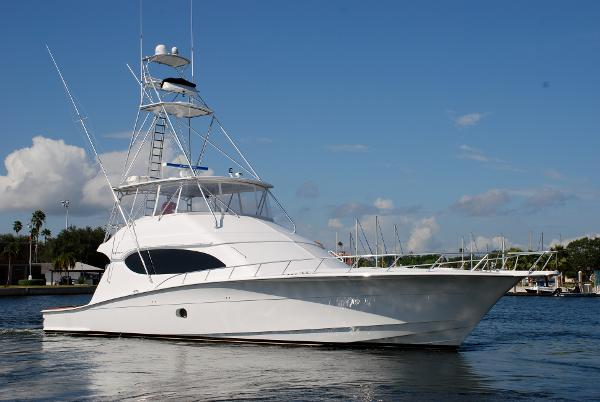 Hatteras 68 Convertible Blume N Good Profile