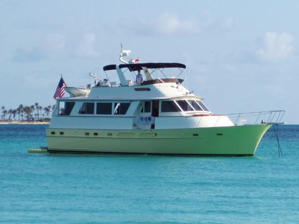 Matthews Motor Yacht Lady Enna