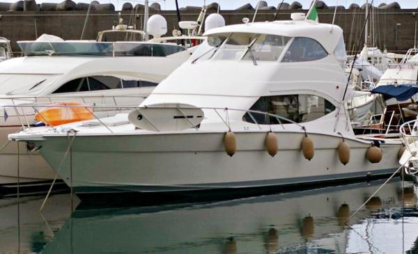 Maritimo 500 Offshore Convertible Image 1