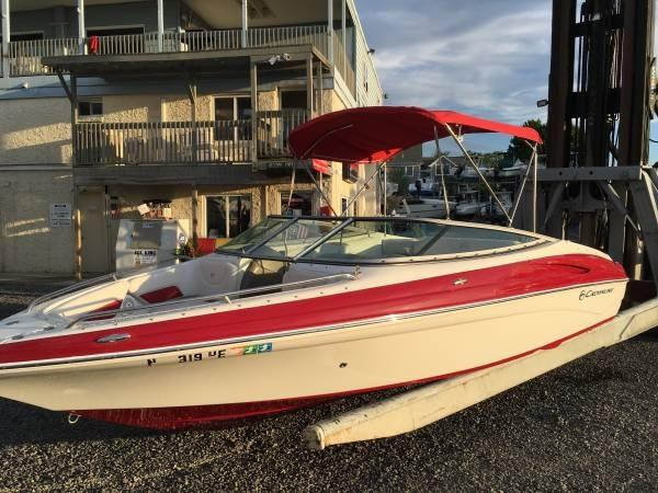 Crownline 21 SS Bow Rider