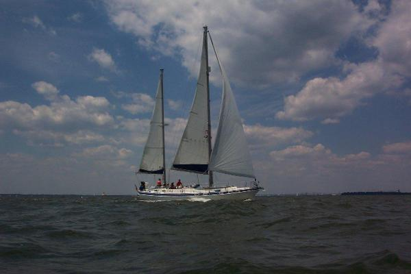 Morgan Out Island 416 Under Sail - Beautiful