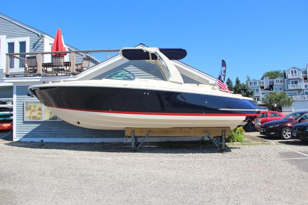 Chris-Craft Launch 28 GT Port Profile