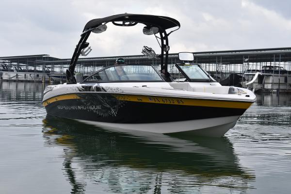 Correct Craft Super Air Nautique 230 TE