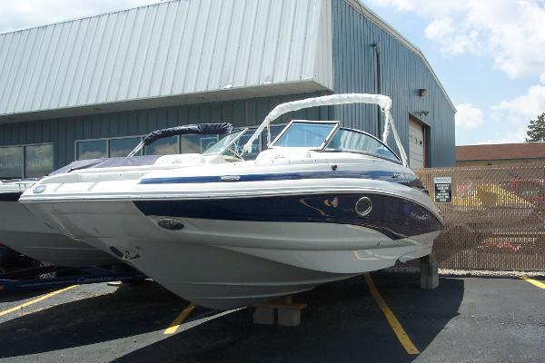 Crownline E4 Eclipse