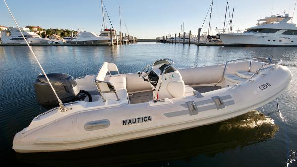 Nautica WIDE BODY Nautica 18 Wide Body Tender 2008