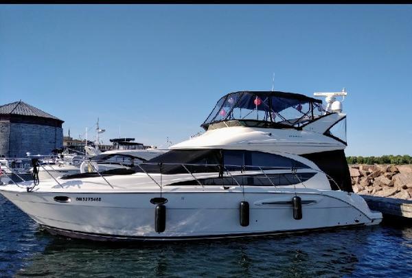 Meridian 391 Sedan profile port