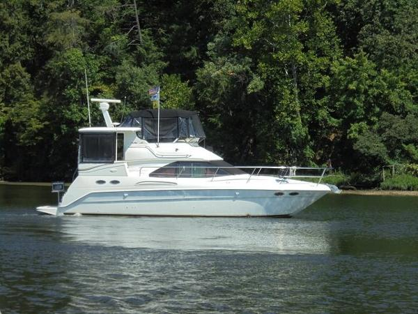 Sea Ray 380 Aft Cabin 38 Sea Ray Starboad Profile