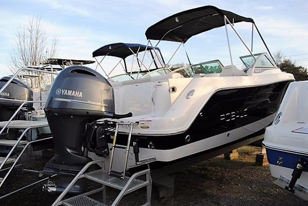 Robalo 227 Dual Console 2017-Robalo-227-Dual-Console-Boat-For-Sale