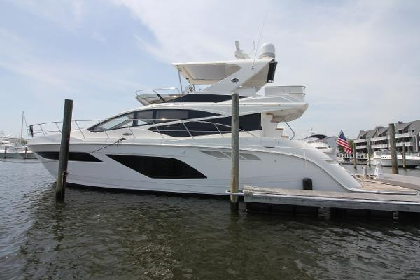 Sea Ray 550 Fly