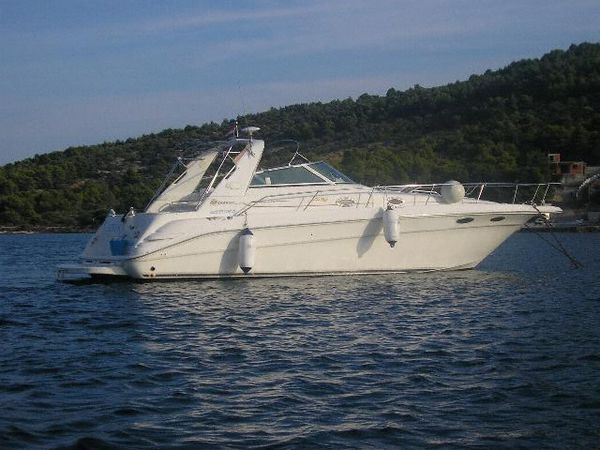 Sea Ray 330 Sundancer Photo 1