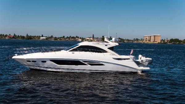 Sea Ray 510 Sundancer Port profile