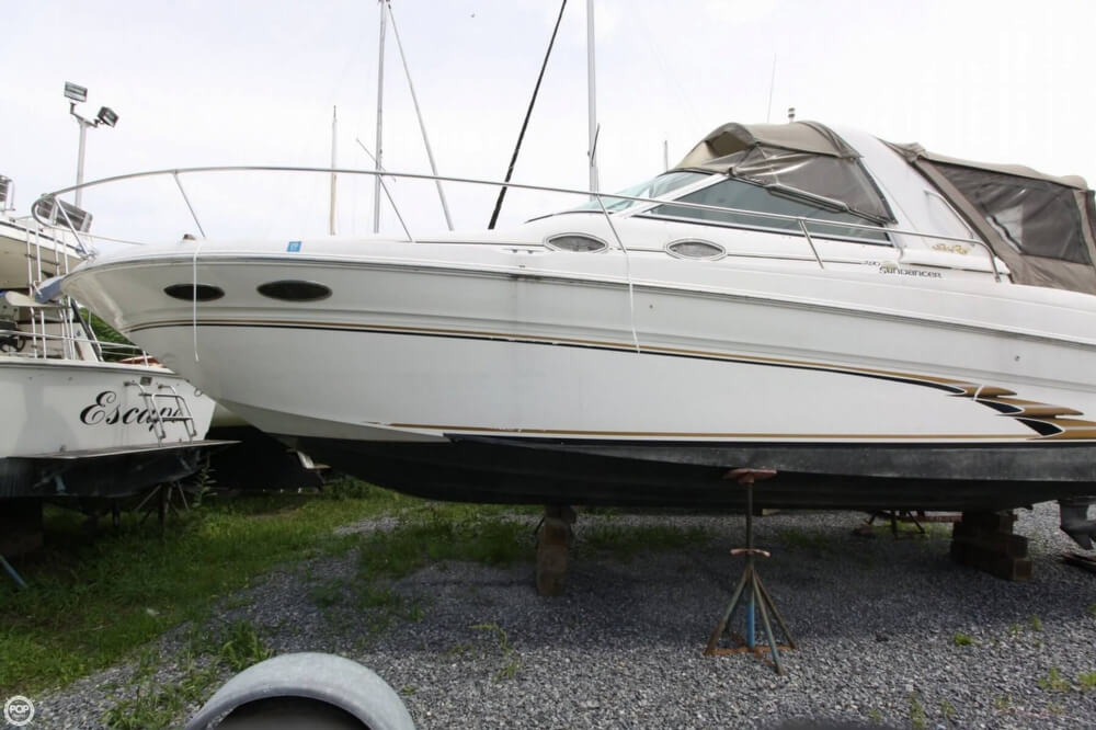 Sea Ray 290 Sundancer 1999 Sea Ray 290 Sundancer for sale in New Hamburg, NY