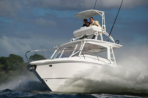 Everglades 350LX Manufacturer Provided Image