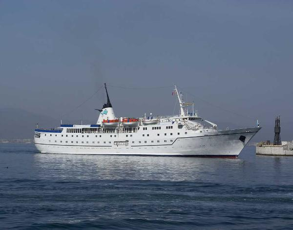 Classic Small Cruise Ship, 300 Passengers -Stock No. S2133