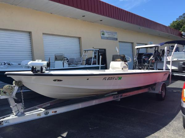 Hewes 21 REDFISHER