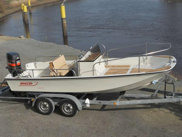 Boston Whaler 17 Montauk Boston Whaler 17 Montauk