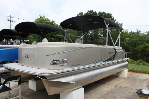 Avalon LSZ Cruise - Rear Bench - 24 ft.