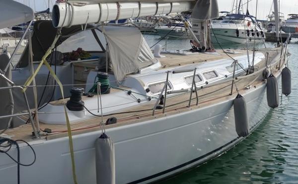 Grand Soleil 50 Teak laid decks.