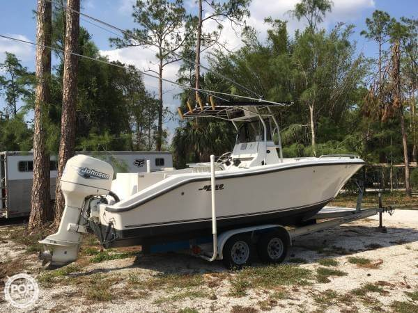 Mako 232 Center Console 2000 Mako 232 CC for sale in Naples, FL