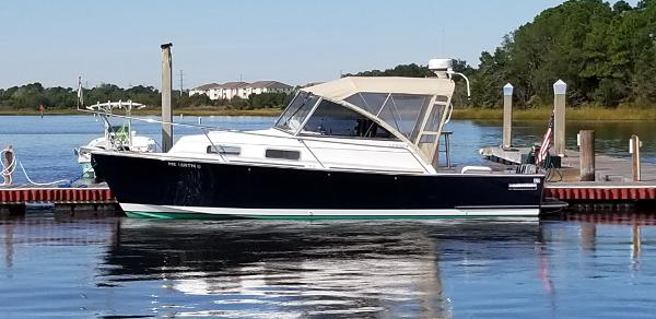 Legacy Yachts 28