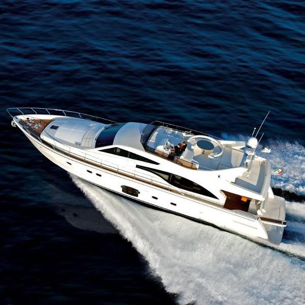 Ferretti Yachts 700 ds_700