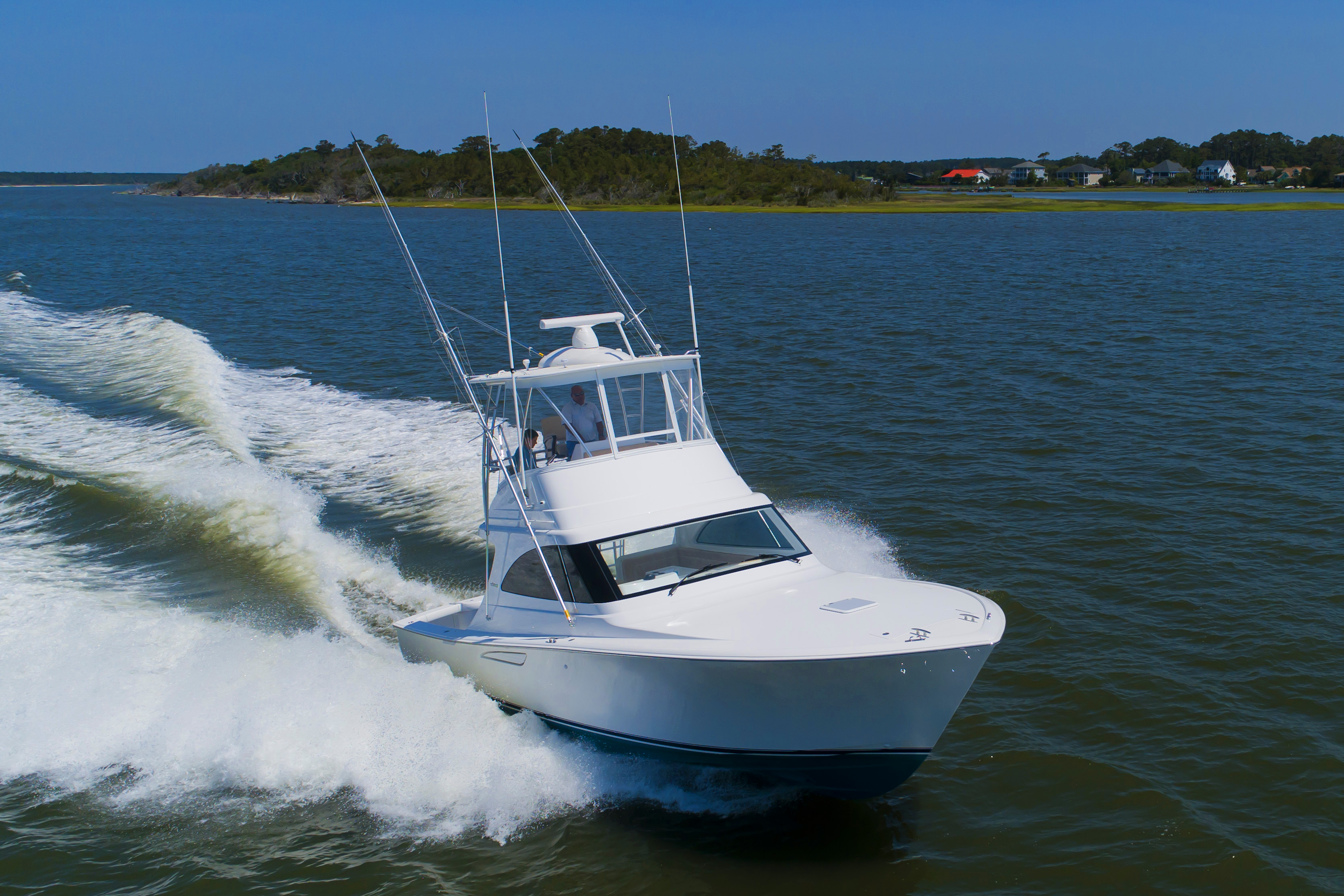 Viking 38 Billfish Viking 38 Billfish Running
