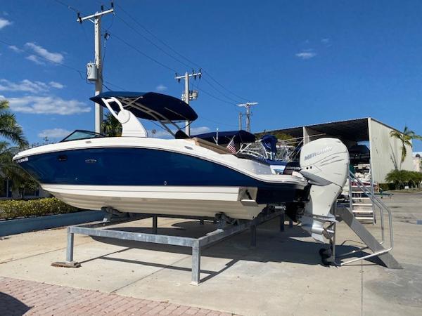 Sea Ray 270 SDX OB