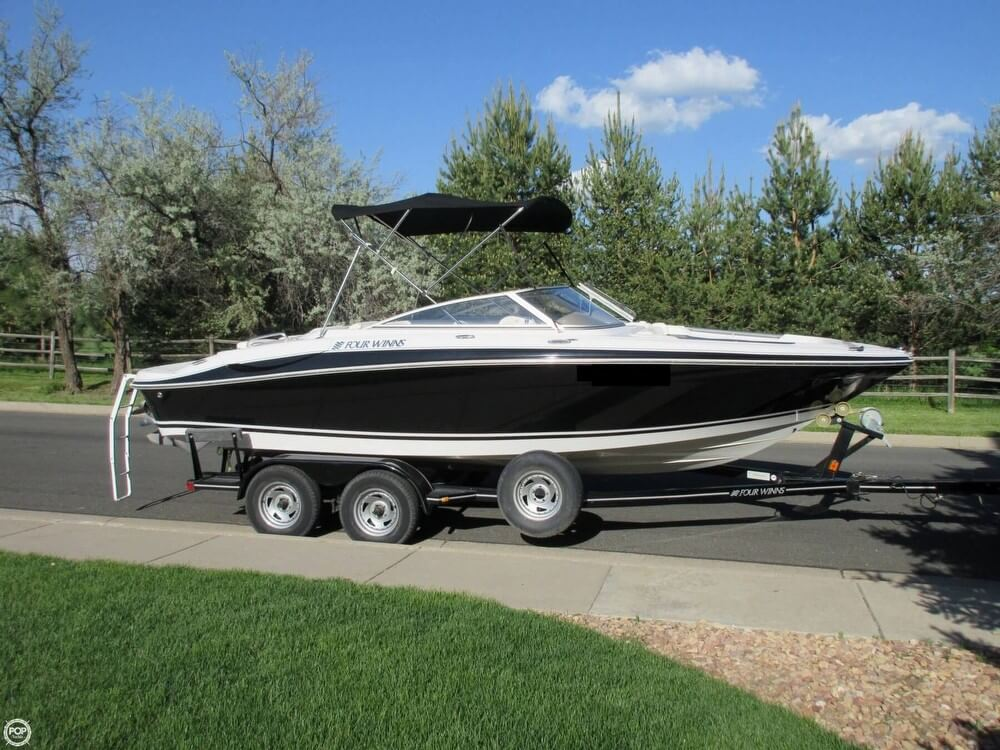 Four Winns 210 Horizon 2004 Four Winns Horizon 210 for sale in Fort Collins, CO