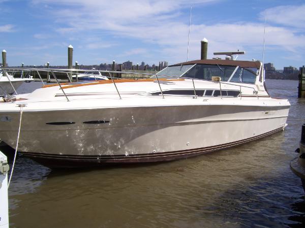 Sea Ray 390 Express Cruiser Custom