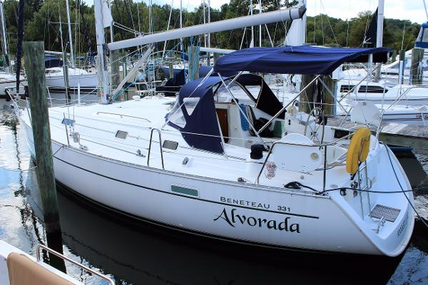 Beneteau 331 2001 Beneteau Oceanis 331