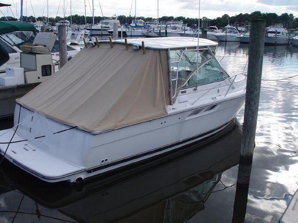 Tiara 2900 Coronet Starboard
