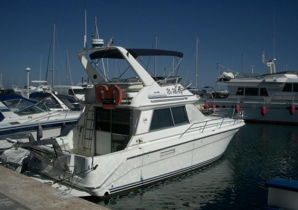 Sea Ray 370 Sedan