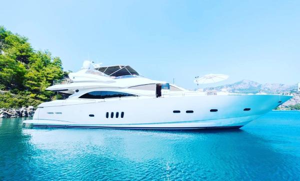 Sunseeker 94 Yacht