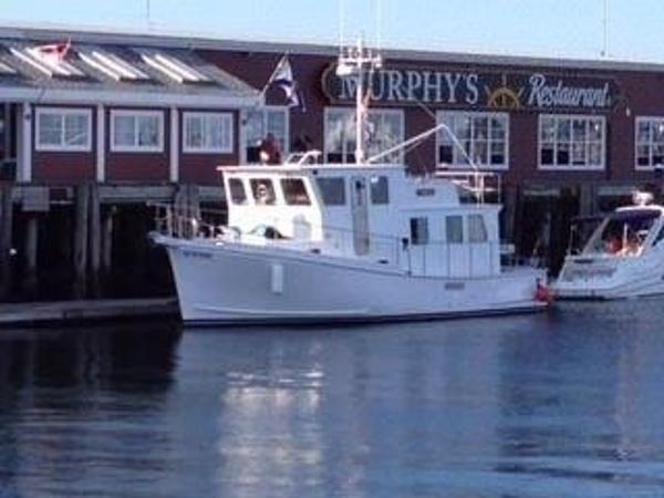 Trawler Cape Islander 43