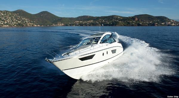 Beneteau Gran Turismo 40 Gt 40 Underway