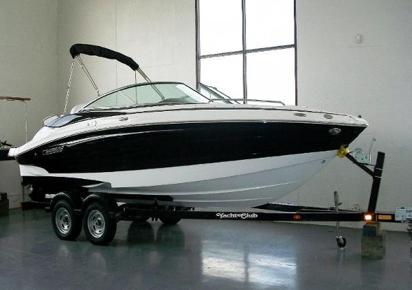 2013 Cruisers Sport Series 238 Bowrider
