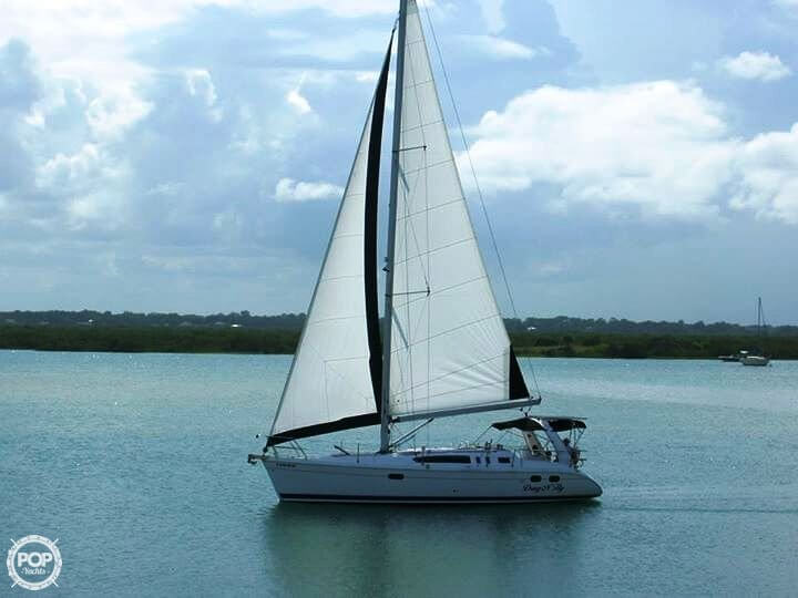 Hunter 380 2000 Hunter 380 for sale in New Smyrna Beach, FL