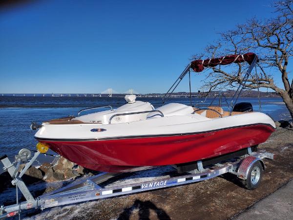 MarinBoat Tango
