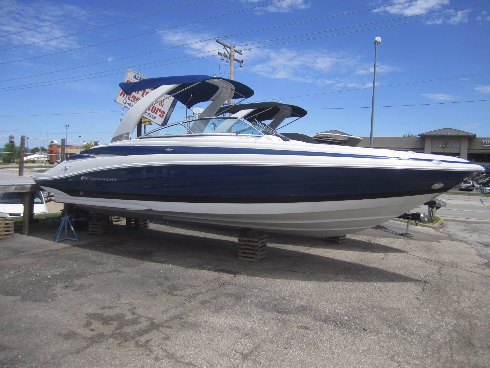 Crownline 285SS