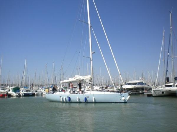 RM Yachts Fora Marine RM 1200