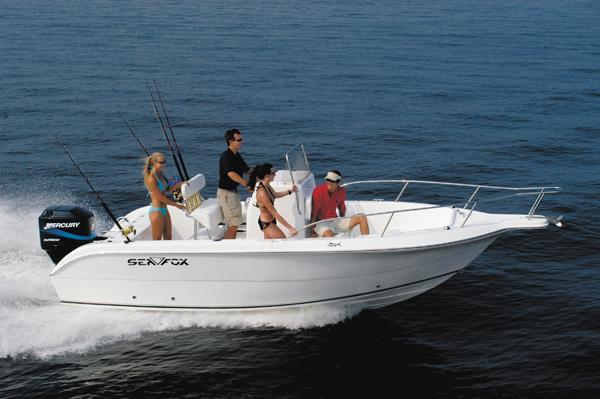 Sea Fox 210 Center Console
