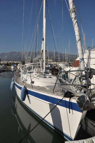 Hallberg-Rassy 37 Hallberg-Rassy 37 - CASTOR