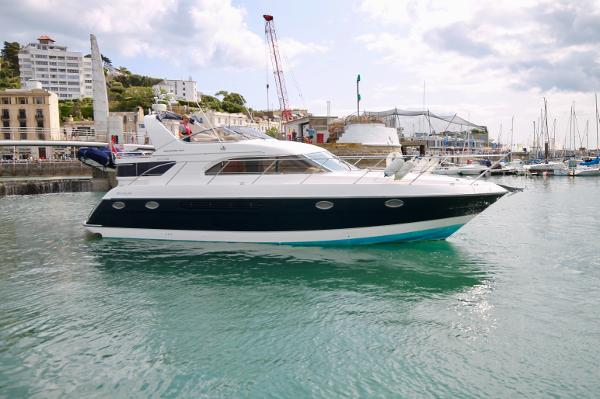 Fairline Phantom 43 AC