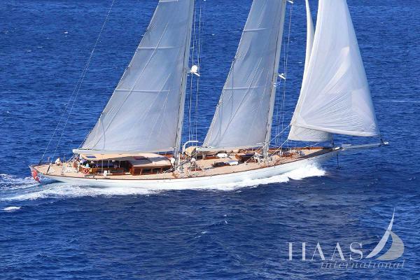 Ada Yacht Classic schooner ZENITH Dykstra Classic Schooner