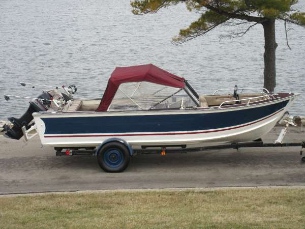 Blue Fin 19 Sportsman Royale