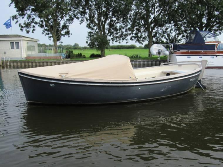 Seafury 730